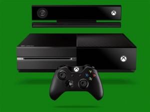 Microsoft decide di cambiare alcune specifiche di Xbox One per competere con la PS4.